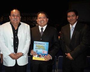 Si deseas mayor información de las Maestrías, ingresa a www.ceunico.edu.mx o comunícate a los teléfonos 01 800 702 7404
