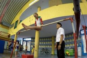 Tiene solo 11 años y su síndrome no fue obstáculo para luchar por su pasión: la gimnasia.