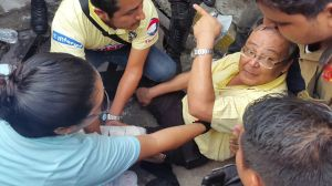Marcos Lau, la persona lastimada por una alcantarilla de pésimas condiciones.
