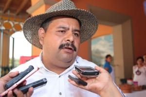 El biólogo Miguel Ángel de la Torre Loranca, de la UNAM.