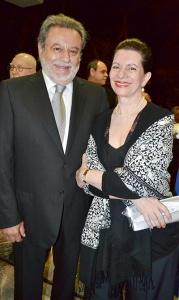 Los suegros de Javier Duarte, no pueden salir de México por el proceso penal que enfrentan.
