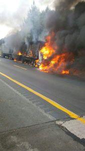 Incendio en carretera.