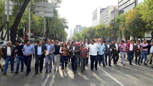 alcaldes-marcha-d-f-1