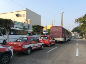 paro transportista en la zona centro de Coatzacoalcos.