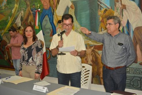 primera-sesic3b3n-de-cabildo3