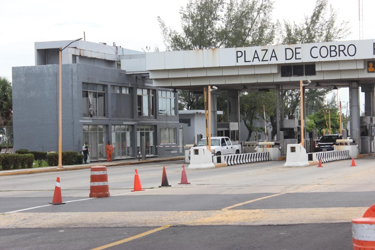 Vas A Viajar Al Extranjero La Sre Emite: Tienen Dueño Los Ingresos Del Puente Coatza 1; Dinero Se